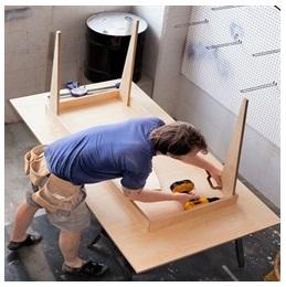Сборка столов по низким ценам в Королёве от специалистов